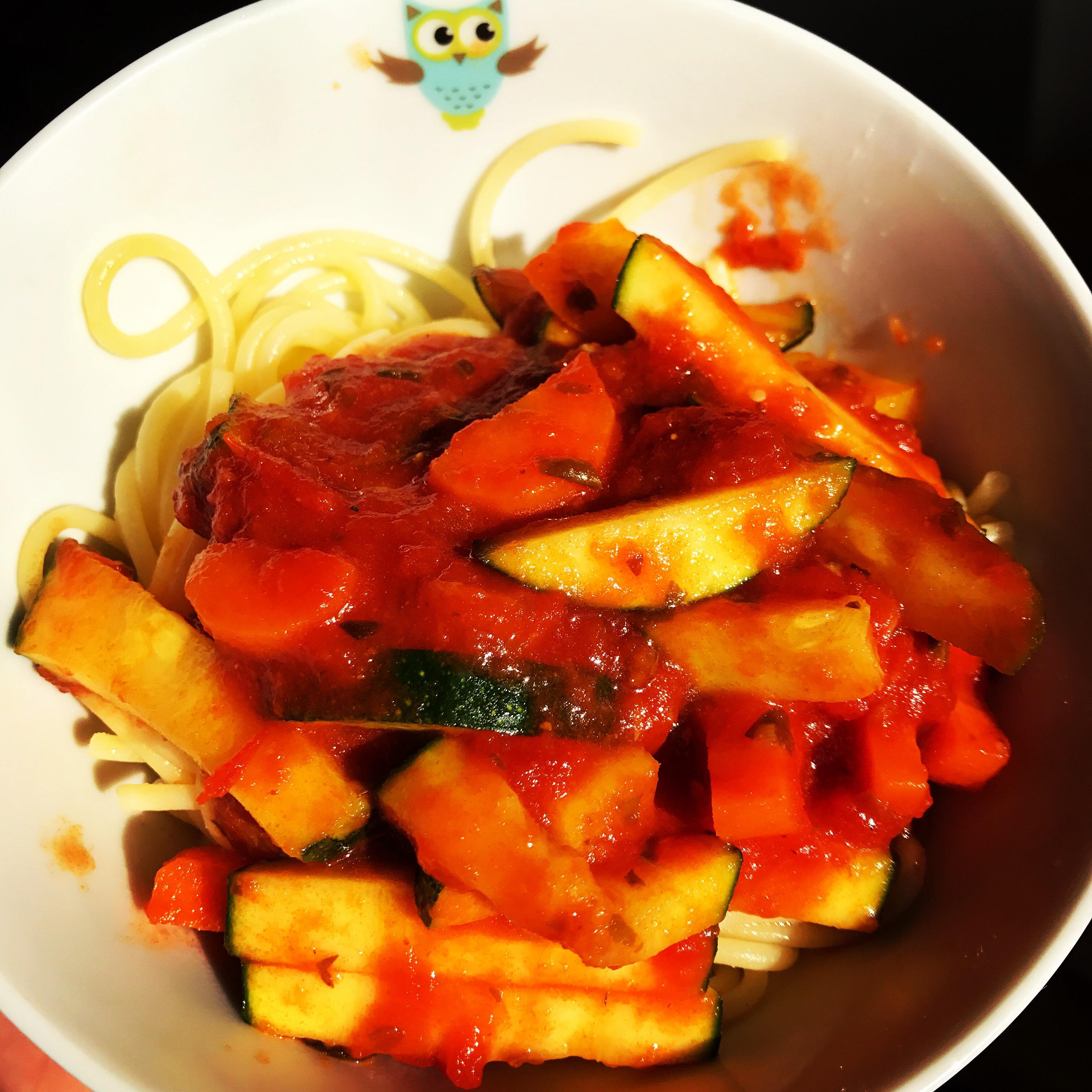 Daniel Tigers grönsaksspaghetti