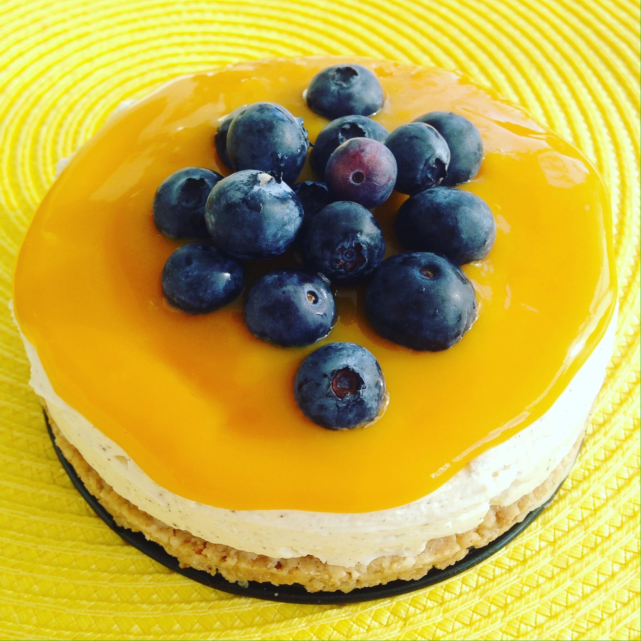 Cheesecake med mangotäcke, osötad